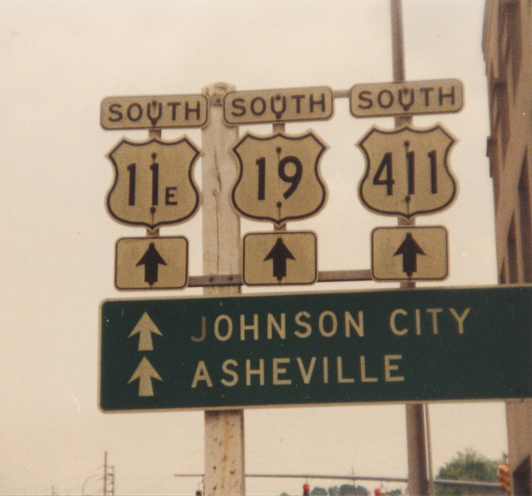 US 411 sign